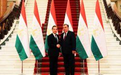 وزیر خارجهی چین: صلح در افغانستان در نهایت امکانپذیر است
