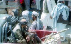 طالبان چشم به مال مردم دوخته بودند