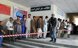 وزارت معارف: نمیخواهیم مکاتب مراکز رایدهی باشد