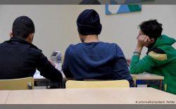 درخواست پناهندگی مهاجران زیر سن در اتحادیهی اروپا ۳۷ درصد کاهش یافته است