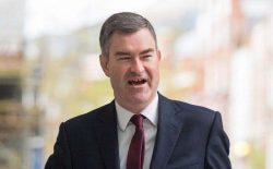 وزیر عدلیهی بریتانیا: از مقامم کنار میروم تا شاهد تحقیر کشورم نباشم