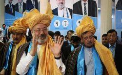 دست همکاری خلیلی به طالبان؛ هشدار به ارگ کنایه بود