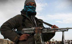 طالبان نگذاشتند دوا بخرم و پسرم مُرد
