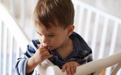 با بیخوابی کودکان مان چگونه رفتار کنیم؟