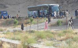 شاهراه کابل-شمال مسدود است؛ صدها مسافر گیر مانده اند