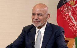 غنی: طالبان باید با قانون اساسی فعلی زندگی کنند