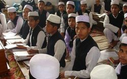 ریاست اجرایی: ۶۱۵۰ مدرسهی دینی در کشور نصاب آموزشی معیاری ندارند