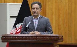 وحید عمر: جنگ در افغانستان میان افغانها نیست