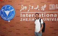 دانشجوی افغان: در میدان هوایی کابل بررسی ساده شدم