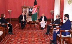 محمداشرف غنی با وزیر خارجهی امریکا دیدار کرد