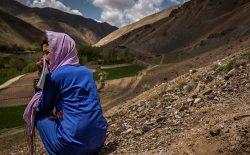 نمیدانستم عزادار باشم یا جشن بگیرم؛ داستان دوران آموزش گزارشگر دختر افغانستانی