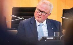 وزیر آلمانی پس از نگرانی از ویروس کرونا خودکشی کرد