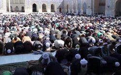 کوید-۱۹ مسجد یا صومعه نمیشناسد