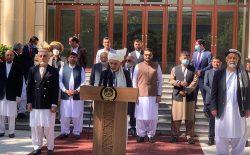 غنی به طالبان: بیش از این به مردم افغانستان صدمه نزنید