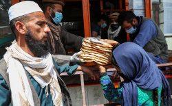 شش ماه پس از شیوع کرونا؛ افغانستانیها ۱۸ درصد فقیرتر شدند