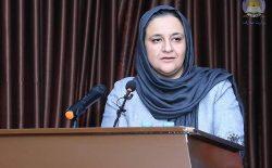 تاختن پیش از وقت پارلمان به وزارت معارف، خوشخدمتی برای طالبان است