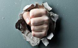 خشم و پرخاشگری، زادهی باور همگانی است