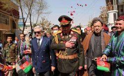 مارشال دوستم در کابل: اگر دولت فیصله کند، با طالبان میجنگم