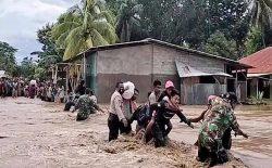 سیلاب و رانش زمین در اندونزیا و تیمور شرقی بیش از ۷۰ کشته به جا گذاشت