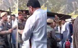 طارق آرین: سربازی که یک نفر را در تورخم لتوکوب کرده بود، بازداشت شده است