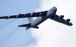 امریکا برای خروج مصون از افغانستان، بمبافگن بی۵۲ در منطقه مستقر کرده است