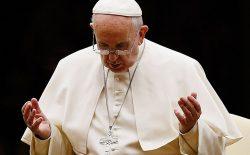 پاپ فرانسیس برای قربانیان حملهی تروریستی در غرب کابل دعا کرد