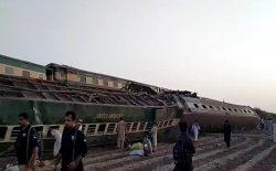 برخورد دو قطار در پاکستان، ۳۵ کشته و بیش از ۵۰ زخمی به جا گذاشت