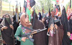 صدها زن در غور برای مبارزه با طالبان سلاح برداشتند