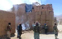 طالبان در واکنش به حملههای هوایی نیروهای امریکایی، به گرفتن شهرها تمرکز کرده اند