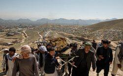 بریتانیا و امریکا: هزارهها در افغانستان به گونهی هدفمند کشته میشوند