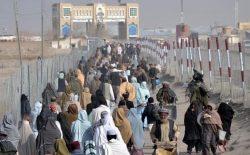 پاکستان دیگر نمیتواند بار میزبانی مهاجران بیشتر افغانستانی را تحمل کند!